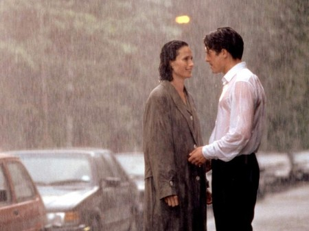 Four Weddings And A Funeral 1994 001 Hugh Grant Andie Macdowell In The Rain