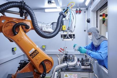 BMW trabaja para duplicar la densidad de energía de las celdas de batería de sus coches eléctricos