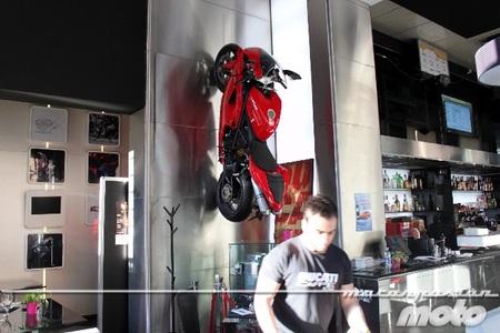 """El Ducati Caffe en Roma, un nuevo """"concept"""""""