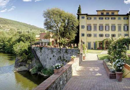 Iris, la nueva fragancia para el hogar de Santa Maria Novella para Villa La Massa