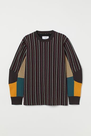 Jersey de cuello redondo a rayas con bloques de color
