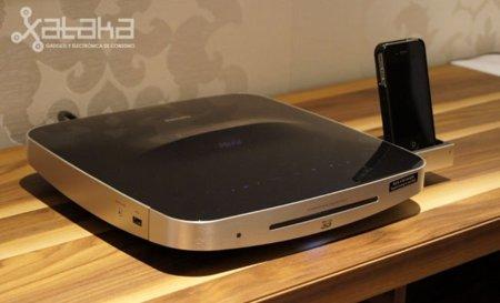 Philips SoundHub 9000, un Blu-Ray con altavoces 2.1 para mejorar el sonido del televisor