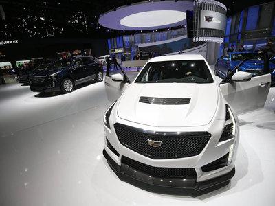 Con menos de 800 coches vendidos en 2016, ¿por qué General Motors mantiene a Cadillac en Europa?
