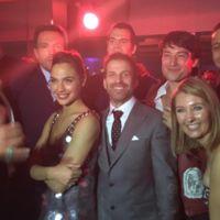 'Batman v Superman': Warner celebra el taquillazo, Jason Momoa y Ray Fisher se burlan de las críticas