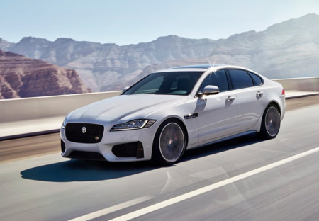 Jaguar XF 2016, el aluminio es la mejor dieta
