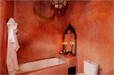 Un baño de inspiración árabe