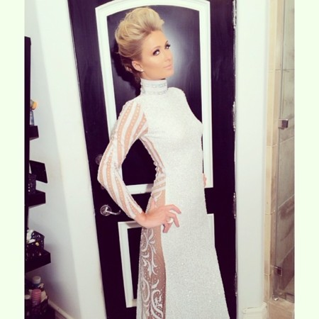 Paris Hilton sorprende en los Grammy 2014, ¿está refinando su estilo?