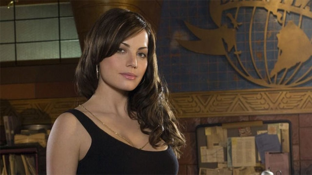 'Crisis on Infinite Earths' will also have the Lois Lane for 'Smallville' Erica Durance joins the crossover Arrowverso