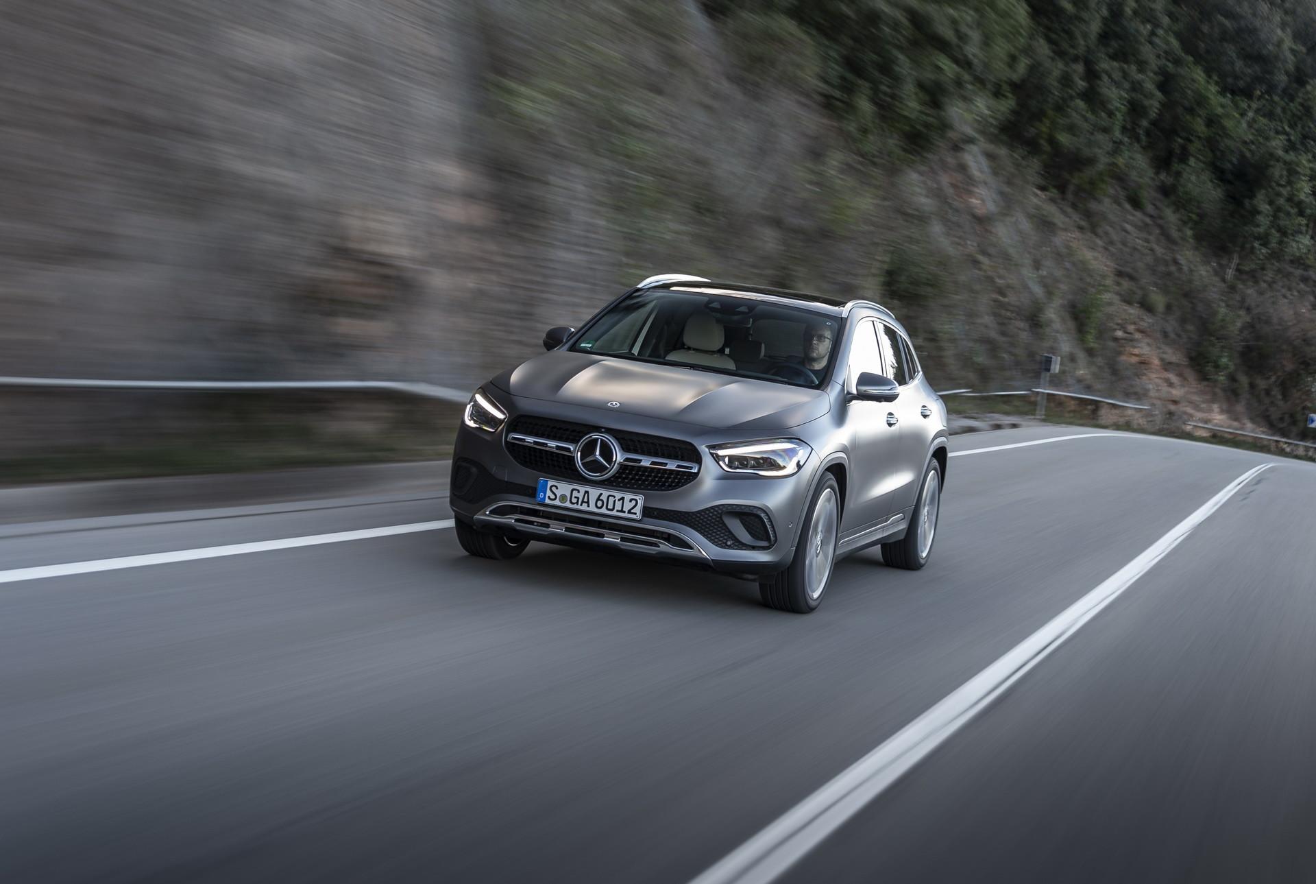 Foto de Mercedes-Benz GLA 2021 (18/103)