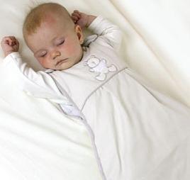 El saco de dormir para bebés