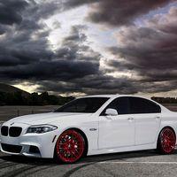 BMW atrapa a un ladrón encerrándole remotamente en el coche que estaba robando