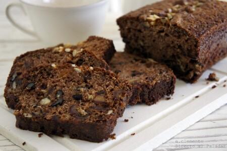 Cake de dátiles y nueces: receta de bizcocho nutritivo para arrancar el día con energía