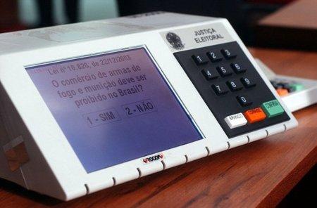 Protección de Datos aprovecha una ponencia sobre menores para descartar el voto electrónico