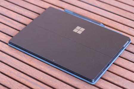 Surface Pro 6 26