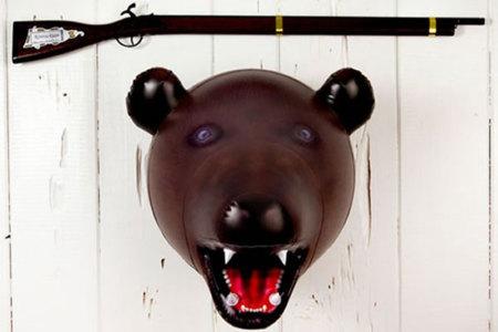 Cabeza de oso inflable