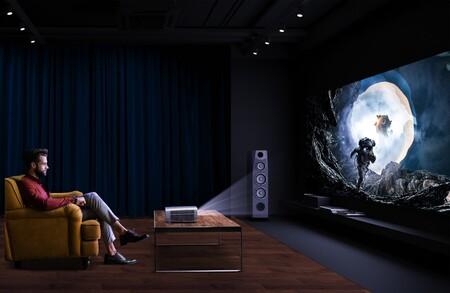 Esto es lo que han ganado todos aquellos que han cambiado la tele por un proyector para ver series, películas o su deporte favorito