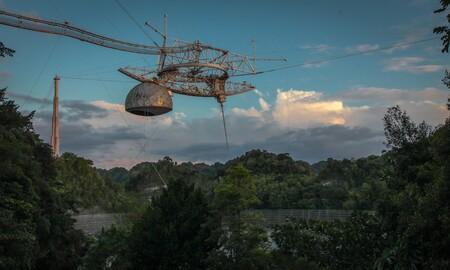 El Observatorio Arecibo colapsa: la megaestructura de 900 toneladas que sirvió como set de películas y estudios de astronomía se derrumbó