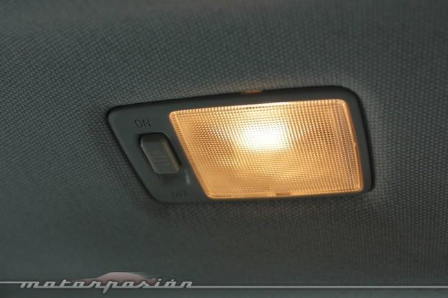 Luz de cortesía en Toyota Auris 2013