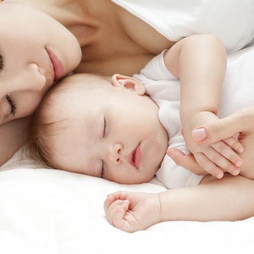 A los seis meses, un 38 por ciento de los bebés no duerme ni seis horas seguidas por la noche