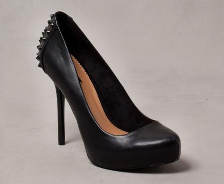 zapatos pull&bear tachas