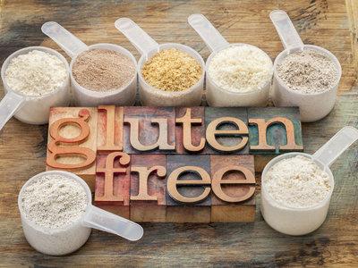 Harina de almendras y harina de arroz: ambas sin gluten, pero diferentes