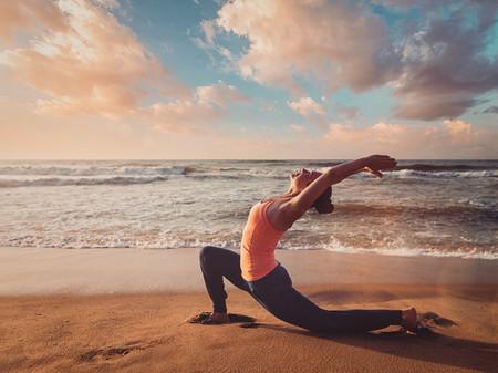 luna-creciente-yoga