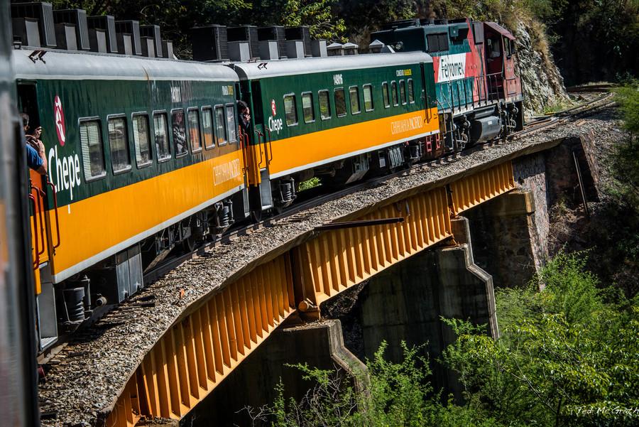 El Chepe, el tren que recorre los estados mexicanos de Sinaloa y Chihuahua