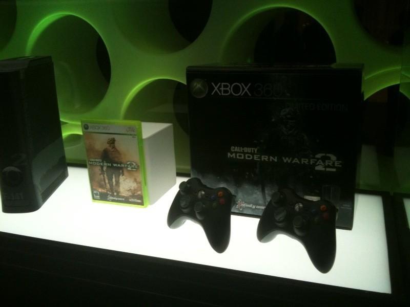 Foto de Xbox 360 de 250GB con pack Modern Warfare 2 (5/6)