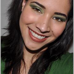 Foto 3 de 4 de la galería look-de-fiesta-ojos-en-verde-y-oro en Trendencias