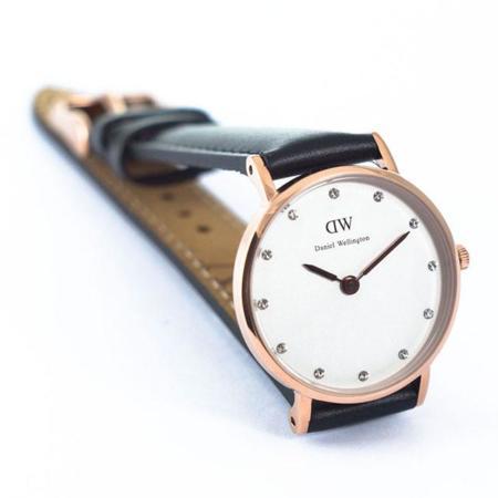 relojdesign_daniel-wellington_classy-sheffield-oro_3.jpg