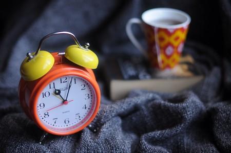Tener sueño da hambre: cuando la gente duerme más, consumen menos azúcares y carbohidratos