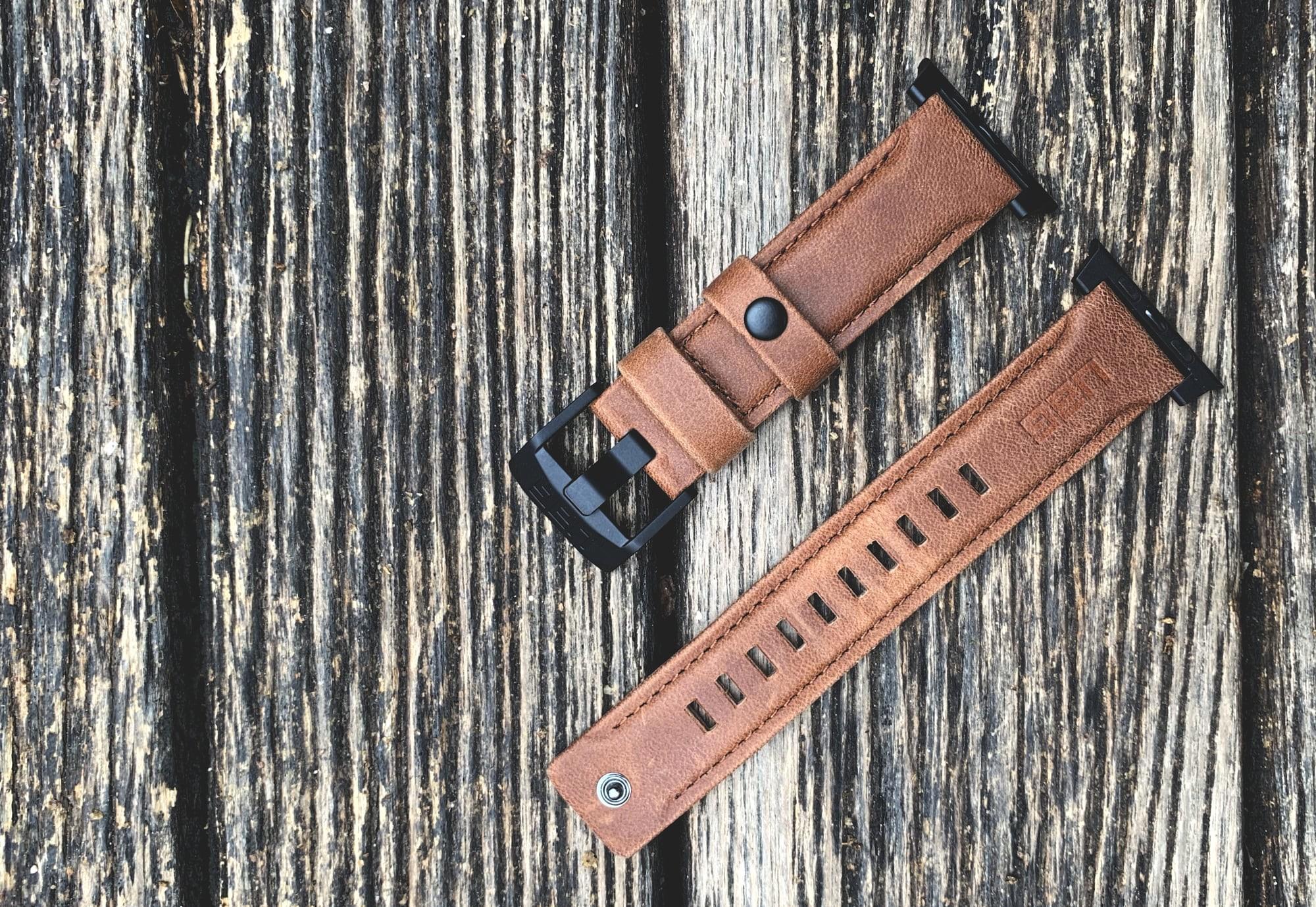 Foto de UAG Leather Strap para Apple Watch (17/18)