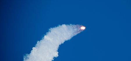 11 vídeos e imágenes con los que revivir el mágico momento del Falcon Heavy y su viaje a Marte