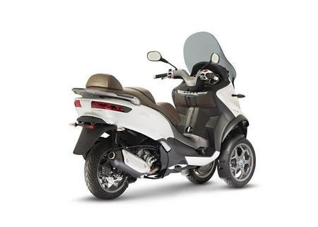 02 New Piaggio Mp3 300 Abs Asr