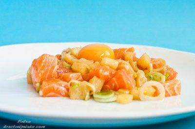 Tartar de salmón con piña. Receta