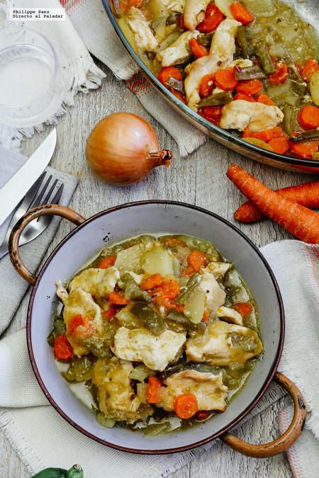 Pollo con verduras al horno en salsa verde. Receta para el invierno