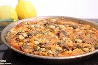 Receta de arroz seco con habas y alcachofas