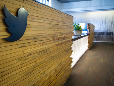 Twitter prueba a eliminar el nombre del destinatario en las respuestas para ampliar el límite de caracteres