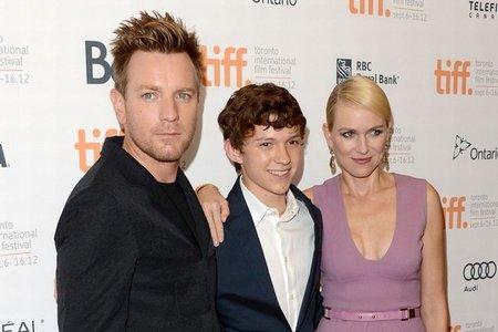 Ewan McGregor, Tom Holland y Naomi Watts en el estreno de Lo Imposible en el festival de Toronto