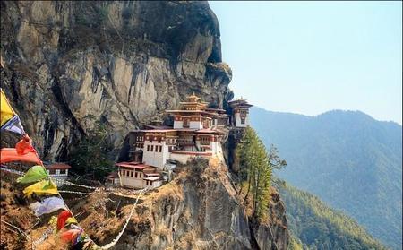El reino de Bután, en el Himalaya, quiere cambiar todos los vehículos por eléctricos