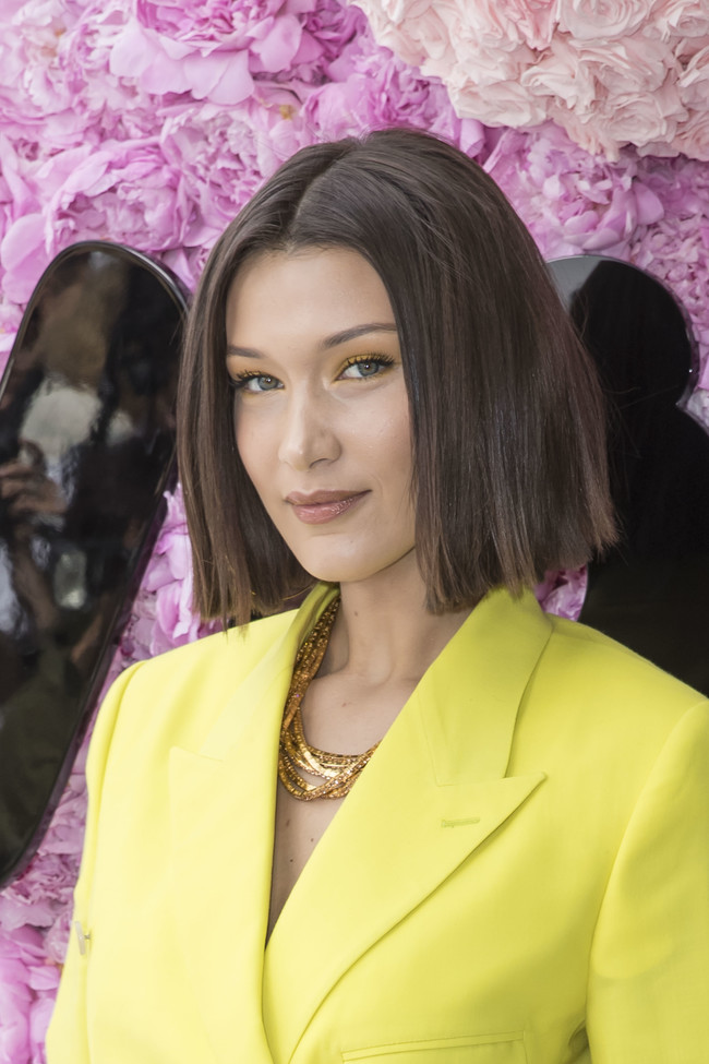 Bella Hadid Look Amarillo
