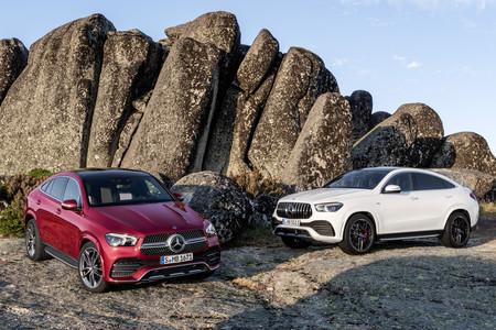 El Mercedes-Benz GLE Coupé se renueva: un SUV cuya única opción de gasolina es el AMG de acceso o GLE 53