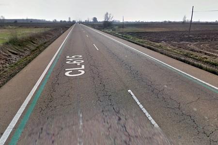 Marcas viales de color verde: la medida de la DGT para reducir accidentes en carretera de la que nunca más se supo