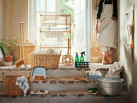 La colección limitada de utensilios de limpieza de Ikea nos encanta porque combina estilo rústico y sostenibilidad
