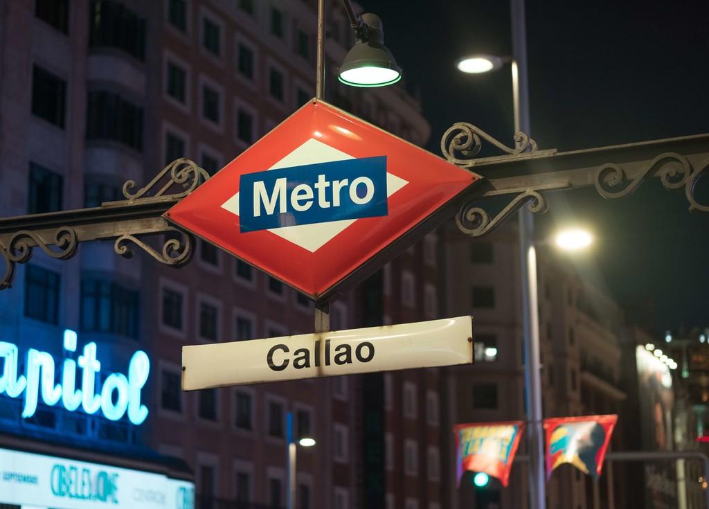 Hay una cosa peor que las frecuencias del Metro en hora punta, el contaminadísimo aire que respiramos cuando viajamos dentro