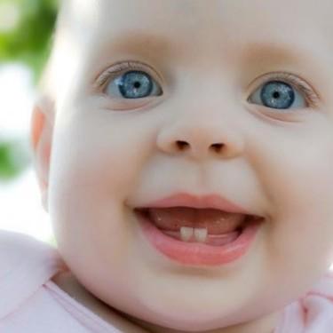 Salida de los dientes: diez dudas frecuentes sobre la dentición del bebé