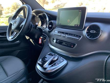 Mercedes Clase V 300d salpicadero