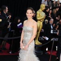 El mejor look de la semana está capitaneado por los vestidos de los Oscar. Elige la que más te guste