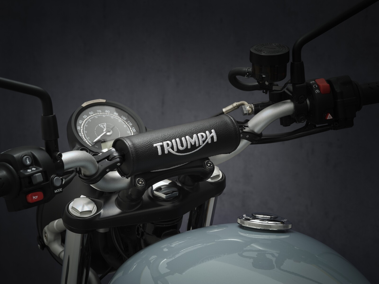 Triumph Street Scrambler 2021
