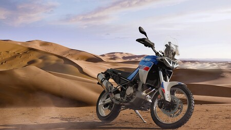 Esta es la Aprilia Tuareg 660: con 80 CV y 187 kg es una rival más potente y tecnológica que la Yamaha Ténéré